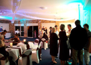 SSC.3 Sawtell Surf Club - The use of feature lighting to create ambience.